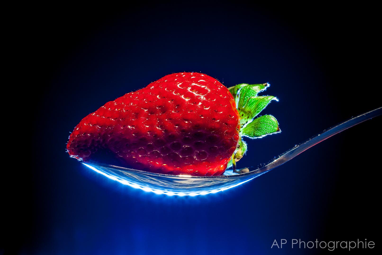 Ein Löffel Erdbeere