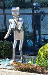 ein moderner Gartenzwerg