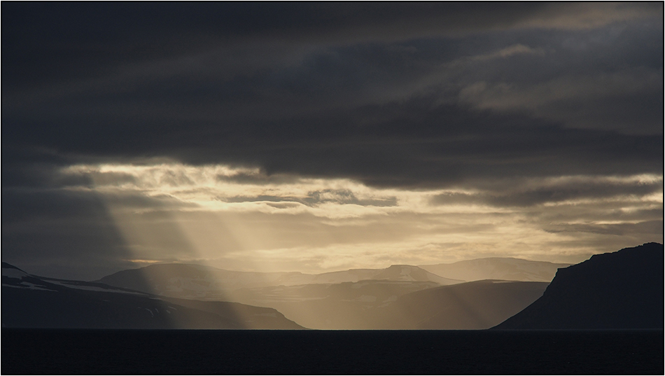 Ein Morgen am Ísafjarðardjúp 1