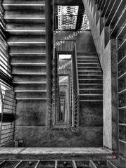 Ein paar Stufen abwärts