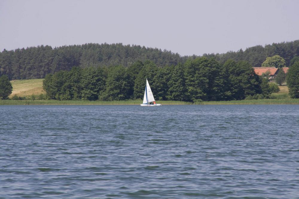 ein Segelboot