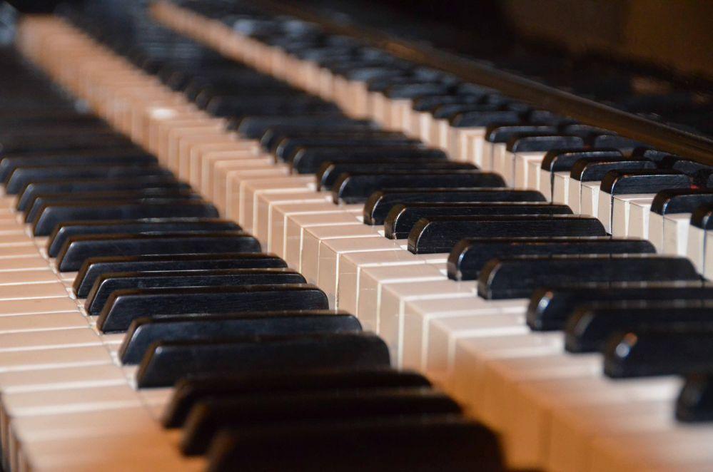 Ein seltsames Klavier