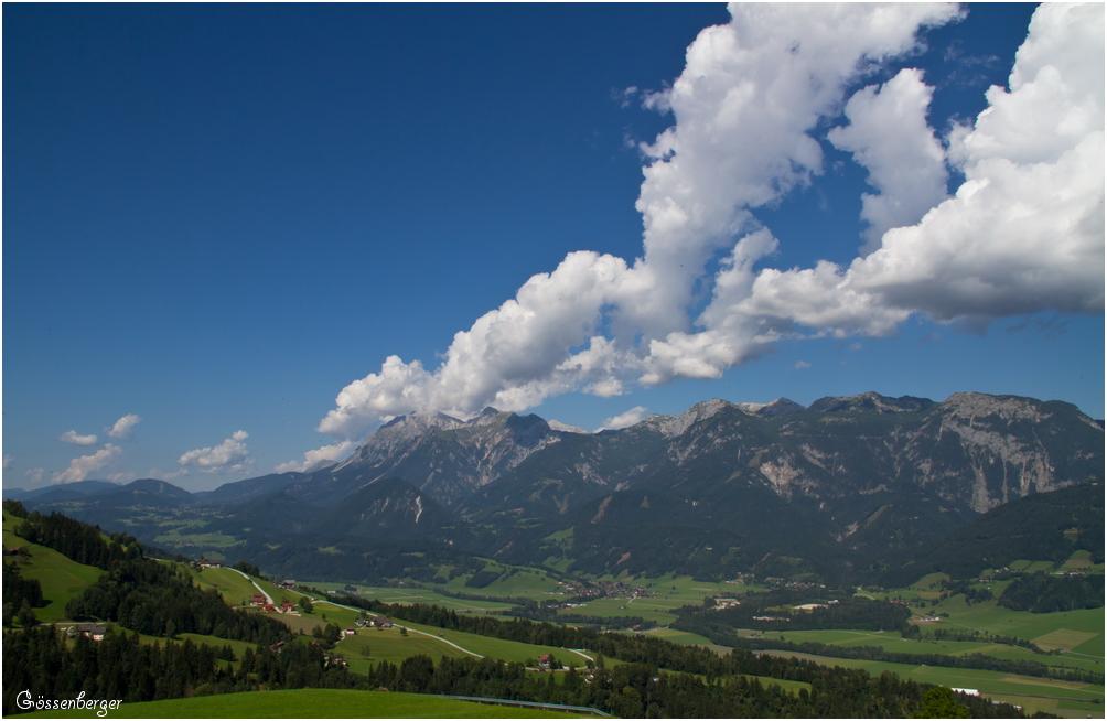 Ein Sommer ( Wolken ) in den Bergen 111