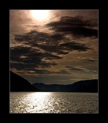 Ein Sommerabend am Fjord