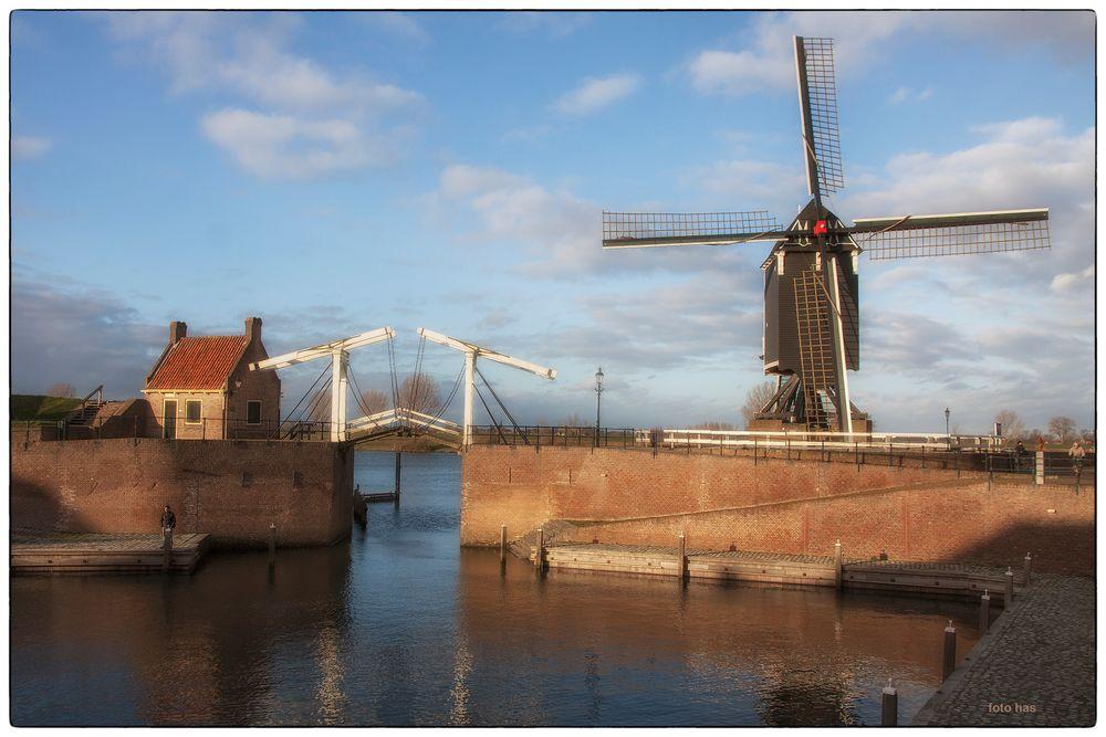 Ein Spätsommer Nachmittag in Heusden. NL.