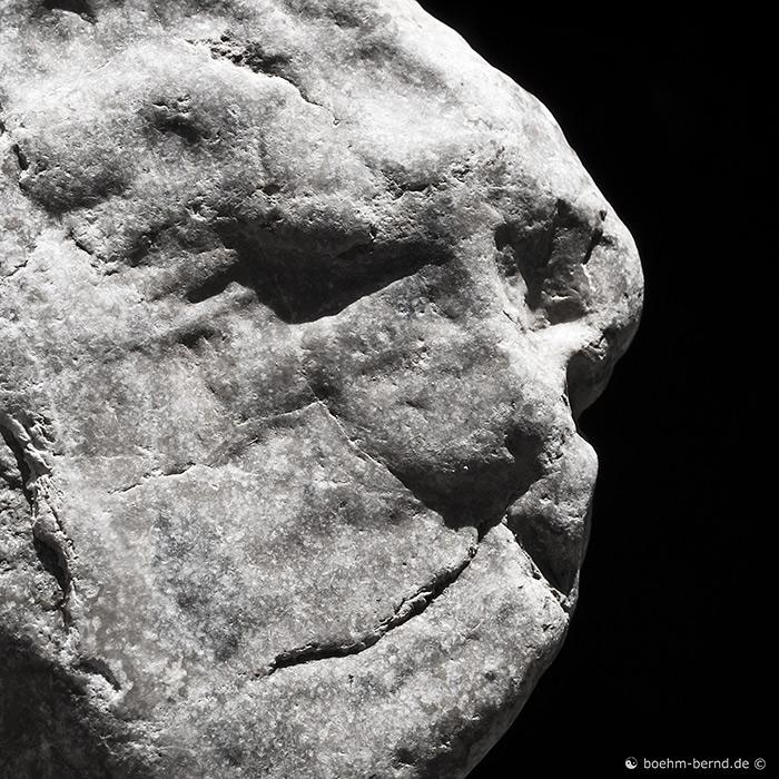 Ein Stein - er scheint...