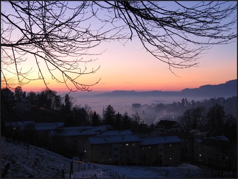 Ein Tag geht zu Ende über St. Gallen