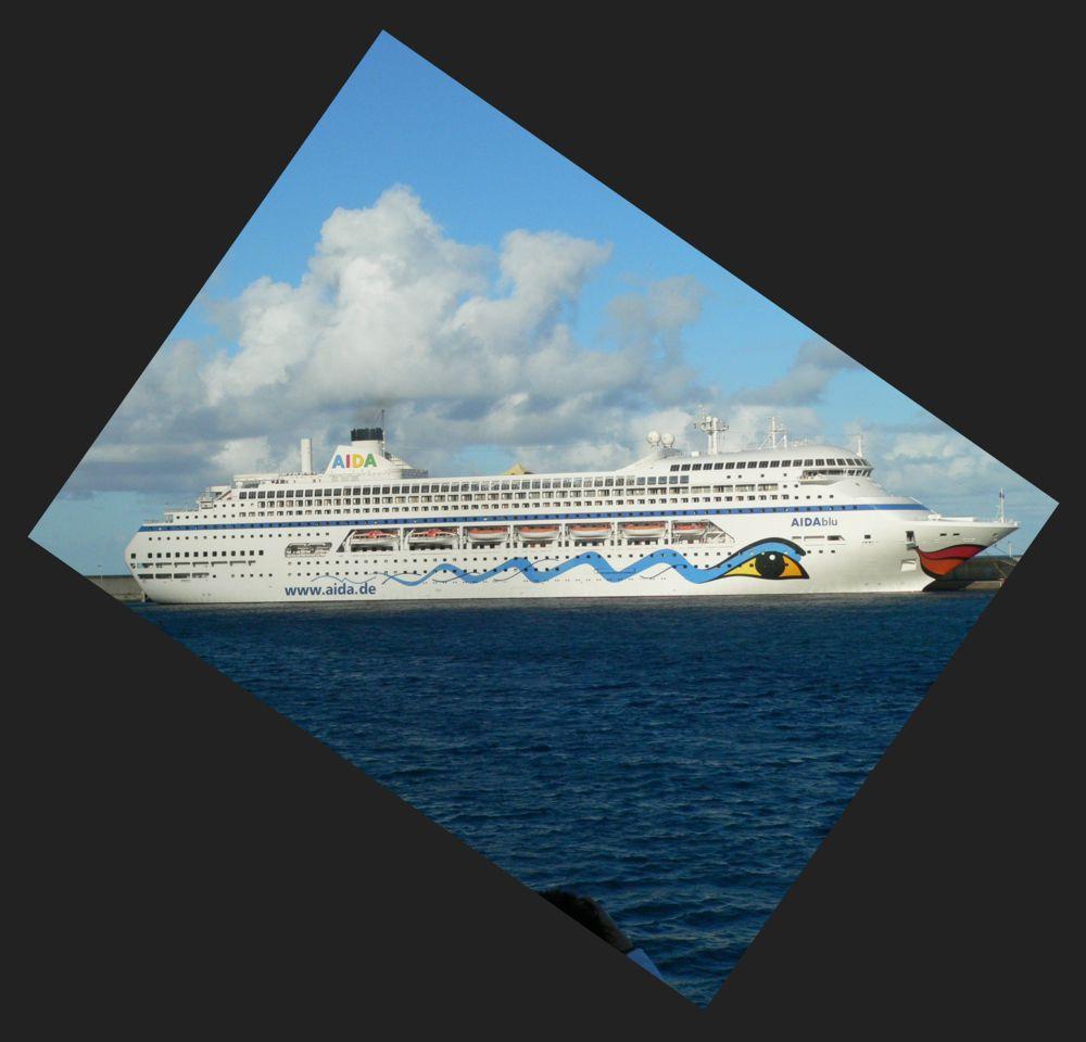 Ein (Traum-)Schiff in 'blu'