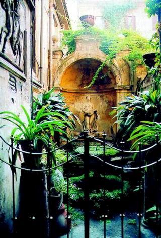 Ein typisch römischer Hinterhof?