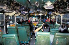 ein Überlandbus in Thailand