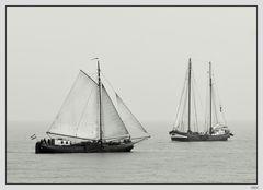 Ein- und Zweimastewer auf dem Ijsselmeer/NL