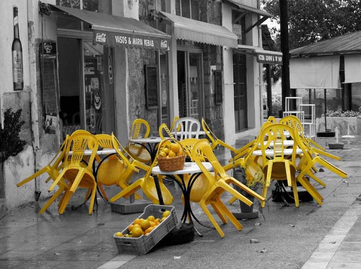 Ein Weißer Stuhl Foto Bild Colorkey Bearbeitungs Techniken