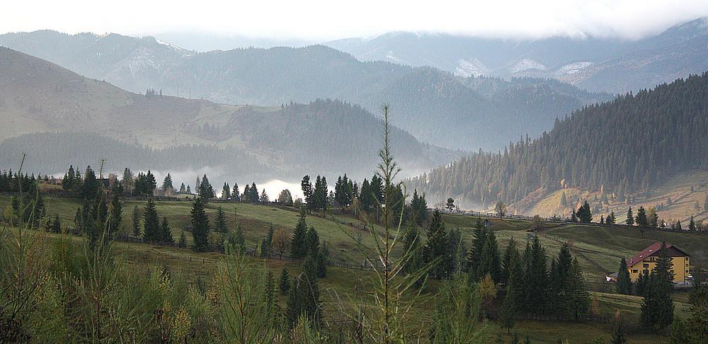 Ein weiter Blick auf die Ostkarpaten 2