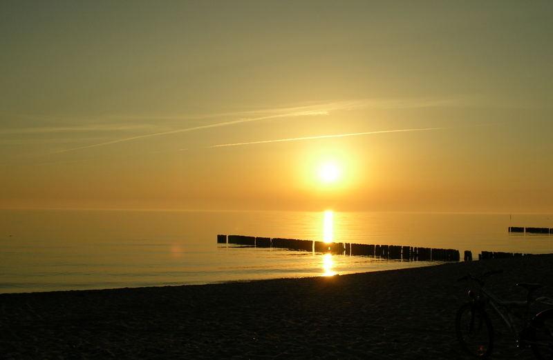 Ein wunderschöner Sonnenuntergang auf Rügen