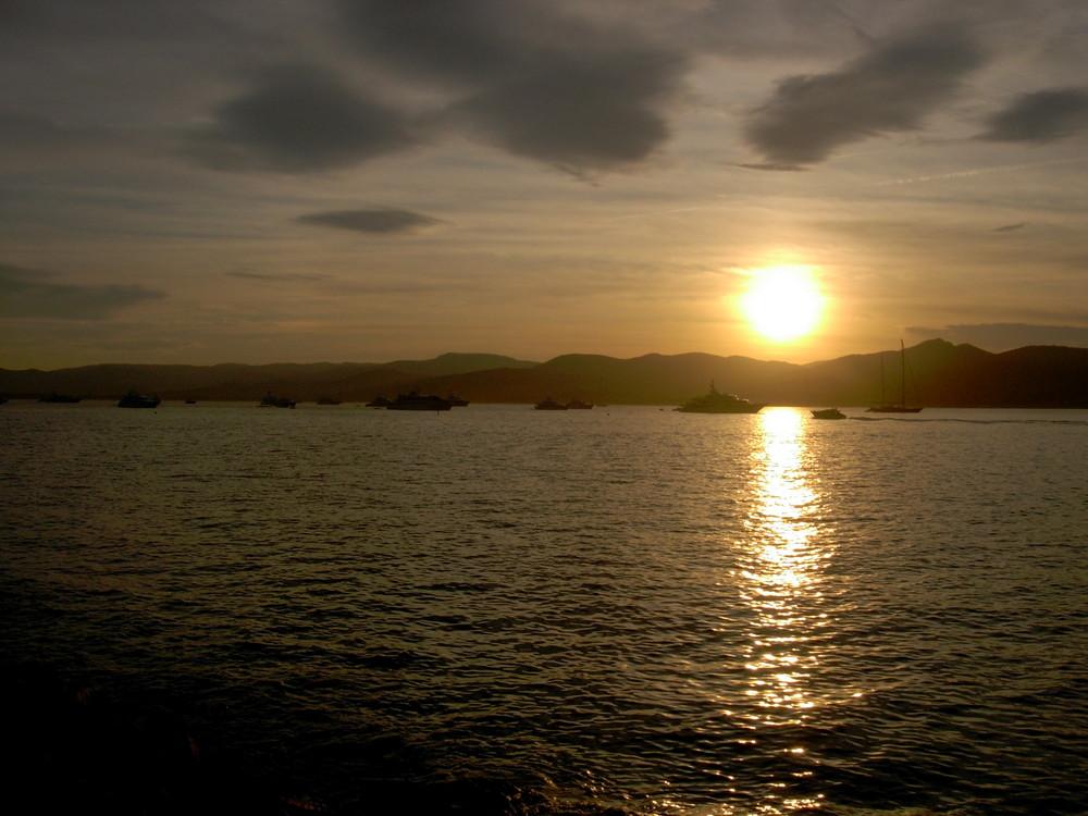 eindrucksvoller Sonnenuntergang