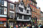 Eine alte Häuserreihe in York