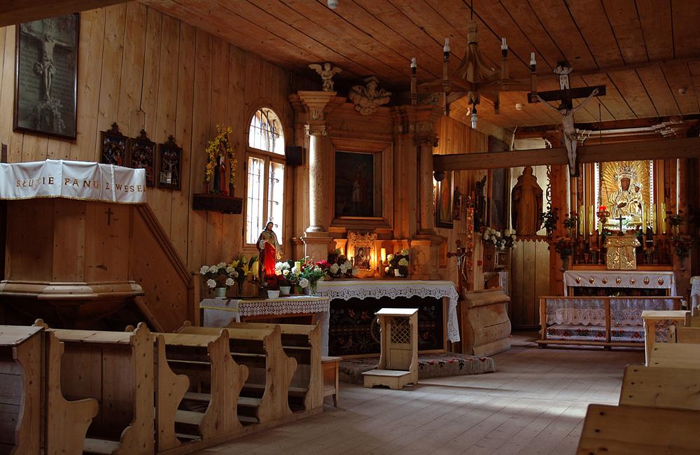 eine alte Kirche