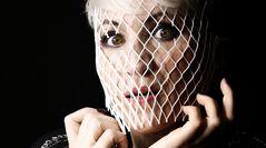 Eine blonde Frau # 3