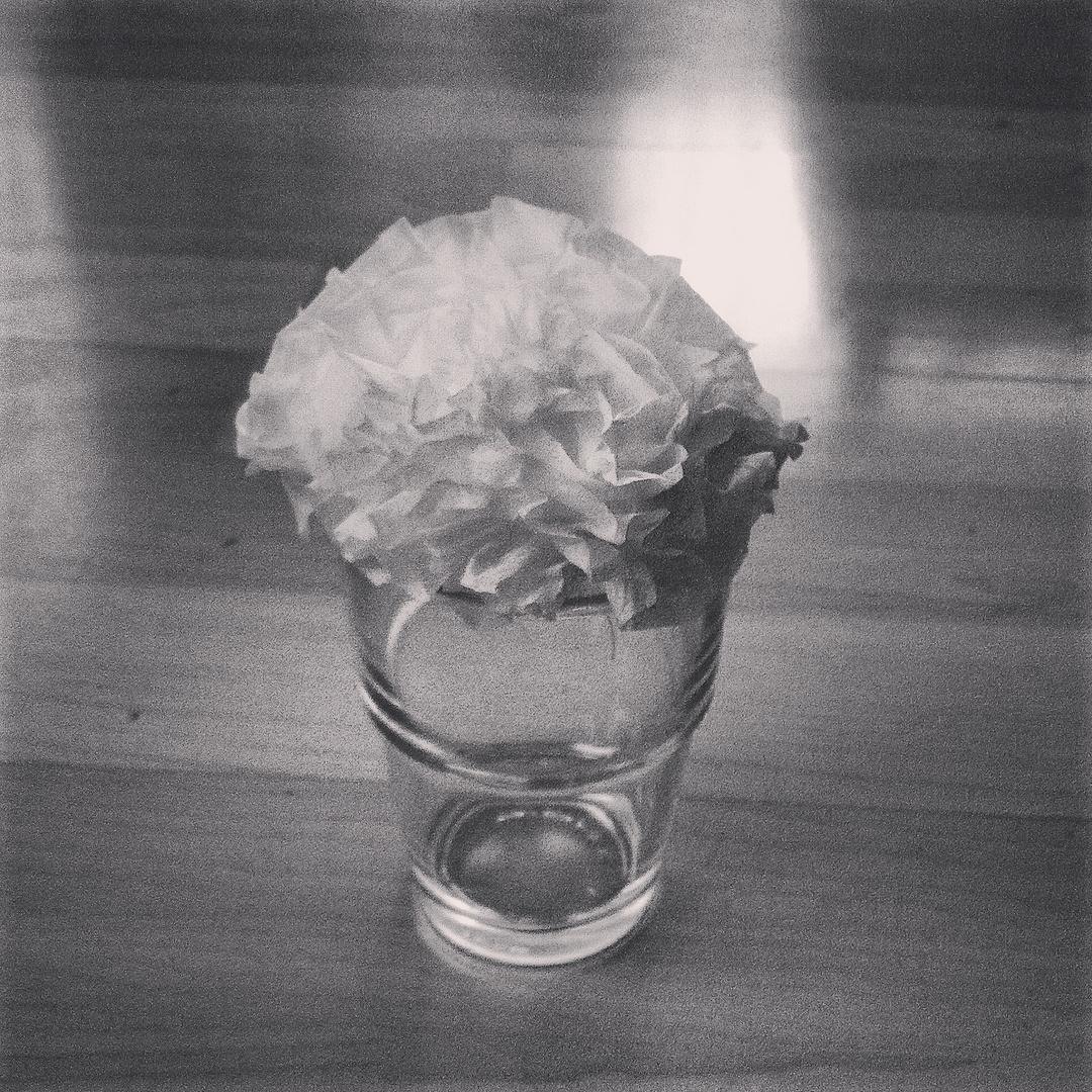 Eine Blume aus 'nem Taschentuch