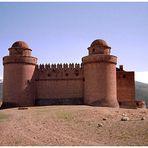 Eine Burg in der Sierra Nevada