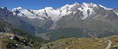 Eine der berühmtesten Schweizer Sichten mit dem Dom in der Mischabelgruppe...