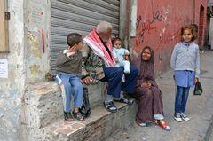 Eine Familie in Downtown, dem Zentrum von Amman