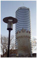 Eine Frage der Perspektive (2): Die zwei Türme