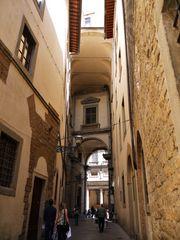eine Gasse in Florenz ...