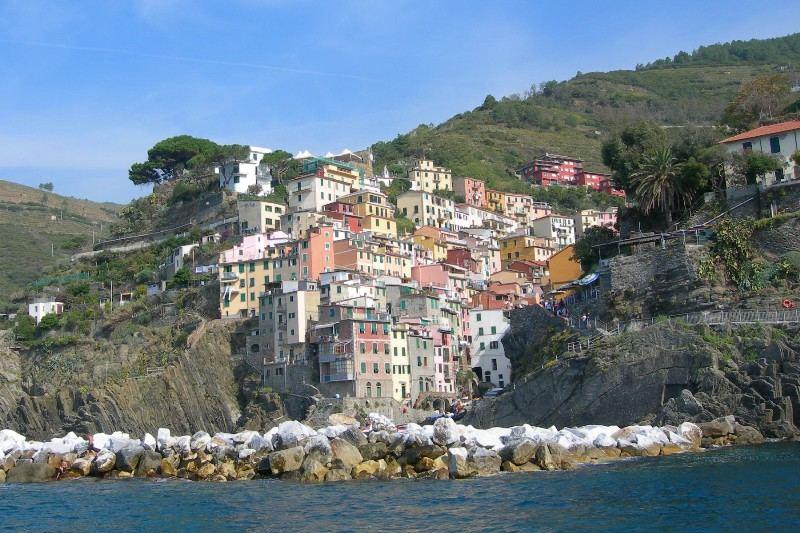 Eine Hafenstadt in Italien