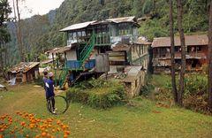 Eine Lodge in Pitam Deurali (2100 m) auf dem A.B.C. Trek