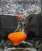 Eine Mini Paprika geht baden 2