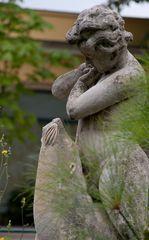 ...eine skulptur...