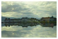 eine Stadt am See