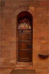 Eine Tür im Dom