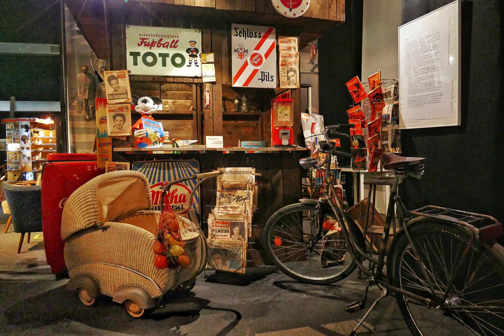 eine zeitreise in die 50er jahre foto bild. Black Bedroom Furniture Sets. Home Design Ideas