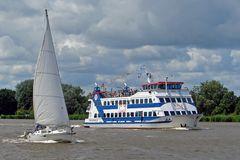 Fähren + FG-Schiffe