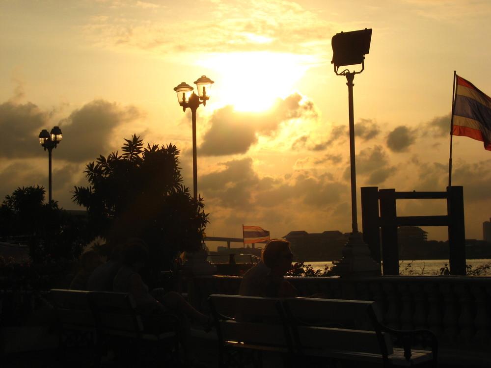 Eines Abends in Bangkok