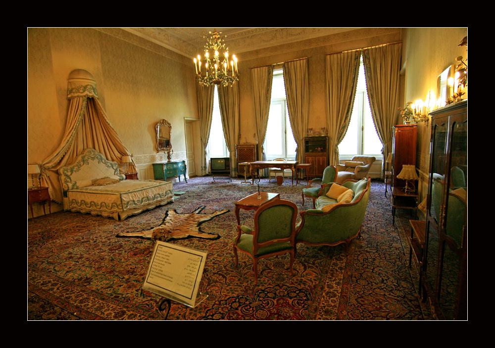 eines der 54 Zimmer...... :-)) im Weißen Palast