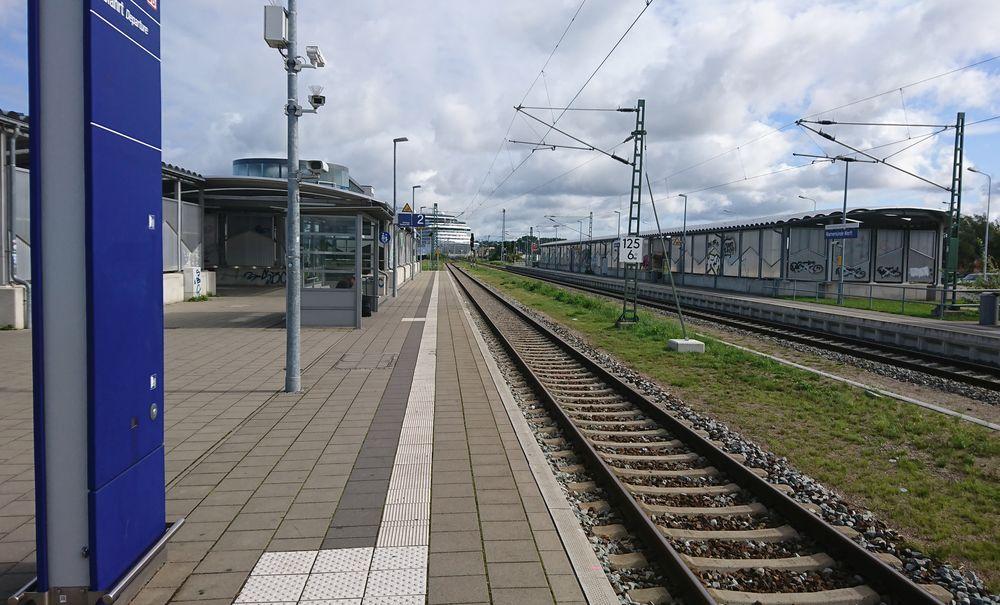 Einfahrt, Gleis 2