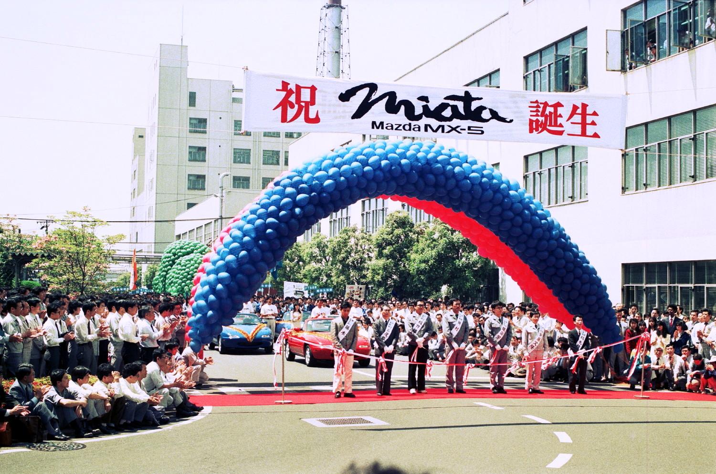 Einführung Mazda MX-5 vor 25 Jahren (6)