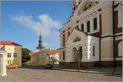 Eingang der Alexander-Kathedrale in Tallinn