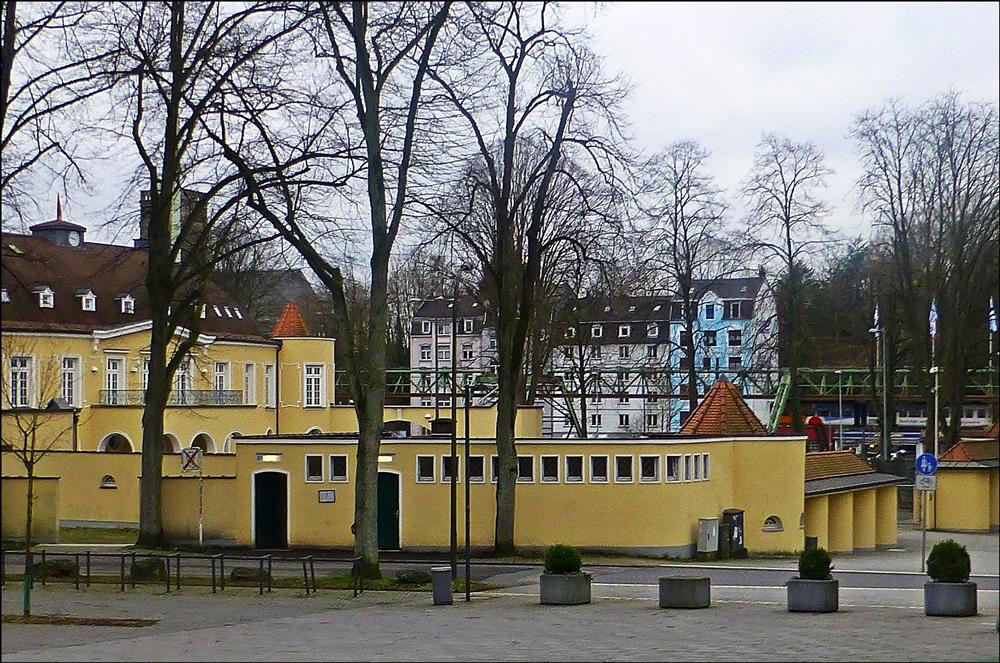 eingang zum stadion am zoo wuppertal foto bild deutschland europe nordrhein westfalen. Black Bedroom Furniture Sets. Home Design Ideas