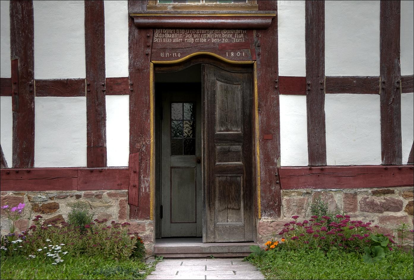 ~~Eingang zur Dorfkirche Anno 1801~~