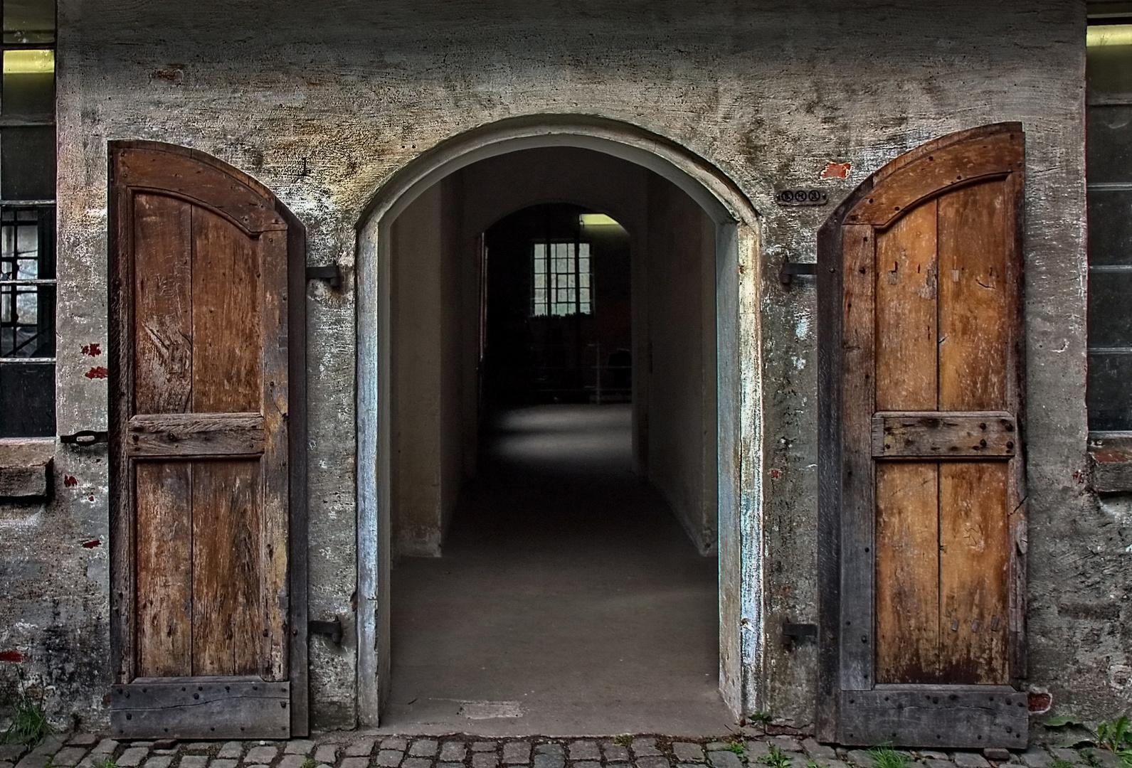 Eingang zur Schmiede