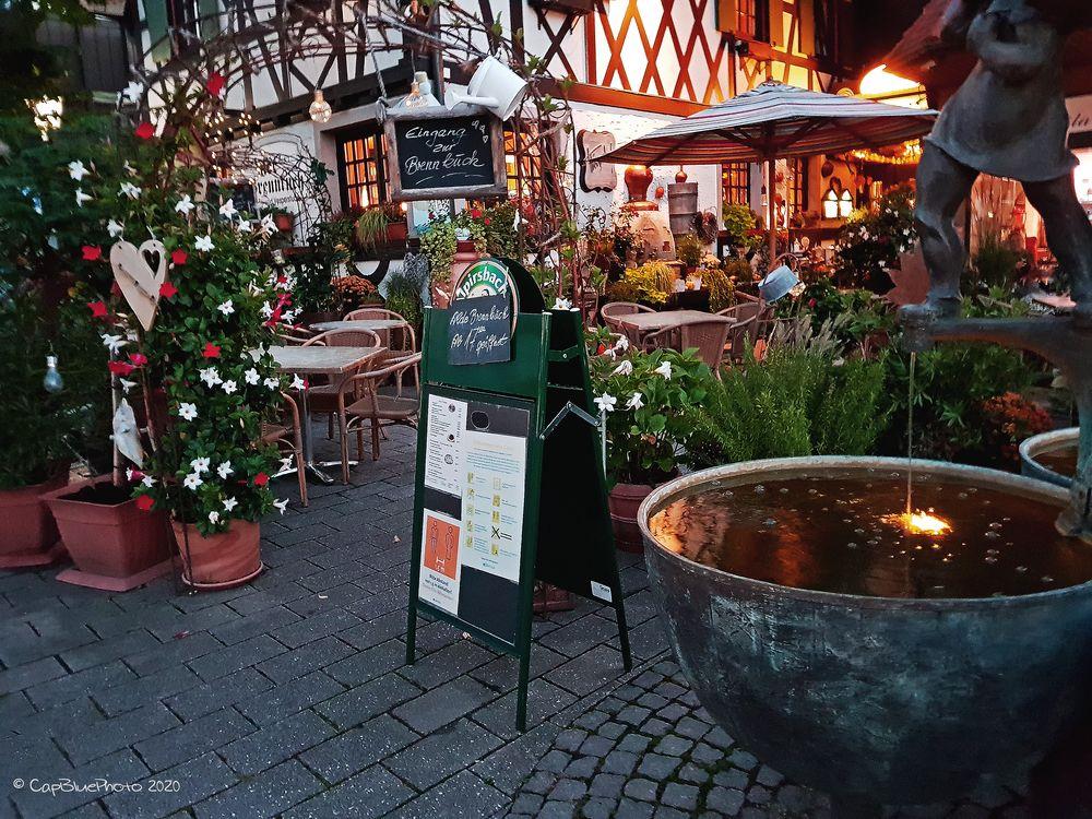Eingang zur Wein- und Vesperstube Alte Brennküch Kappelrodeck