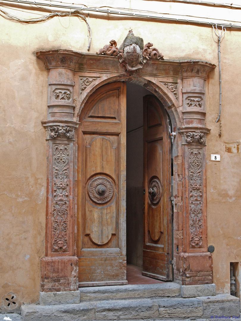 Eingangsportal...