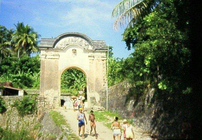 Eingangsportal zum Morro de sao Paulo