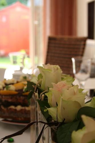 einladung zu kaffee und kuchen foto bild stillleben essen trinken tafeln bilder auf. Black Bedroom Furniture Sets. Home Design Ideas