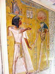 Einmalige Farbenpracht in Pharaonengräbern . .