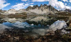 Einsamer Bergsee